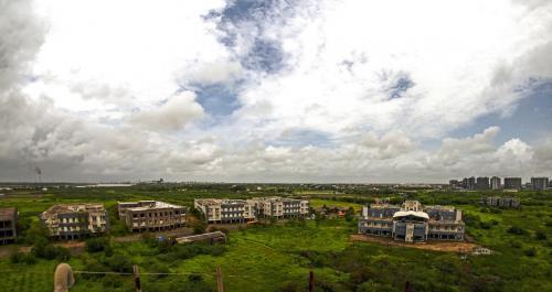 C.K Pithawala-College of Engineering & Technology